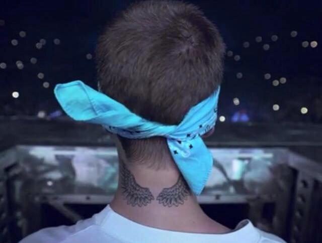 Tatuaje De Alas De Justin Bieber Sfb