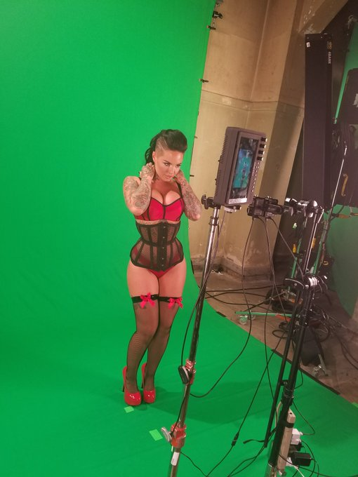 Yes it's the the amazing @ChristyMack shooting for #goldclubsfvr #vixenvr https://t.co/ehLLbKqOuz