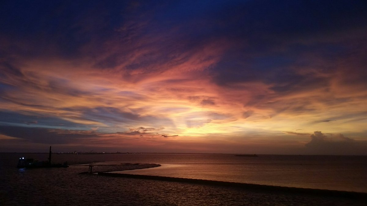 Beautiful sunset in Bolivar tonight.