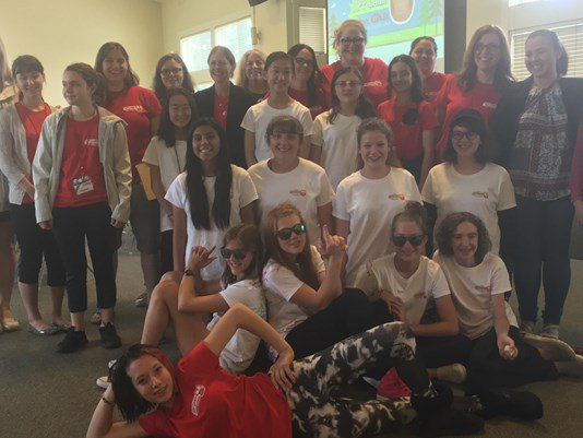 'App Camp' encourages girls to learn programming: via @brianmwestbrook