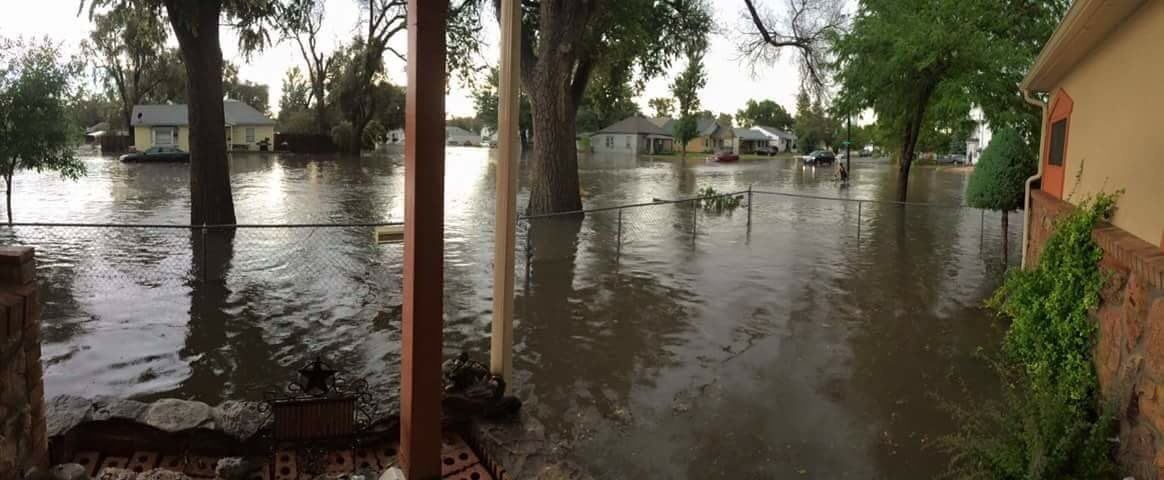 Streets/homes flooding in Fort Morgan. Neighbors coming to the rescue w/ sump pumps.: Trace Tomky 9wx cowx