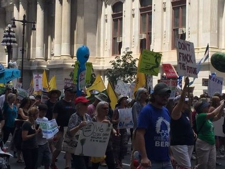 Thousands of pro-Sanders, anti-fracking marchers hit streets