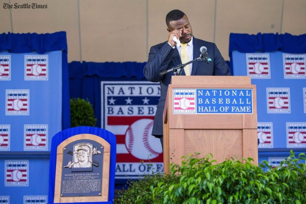 Ken Griffey Jr.'s emotional Hall of Fame speech makes him more human, says @StoneLarry