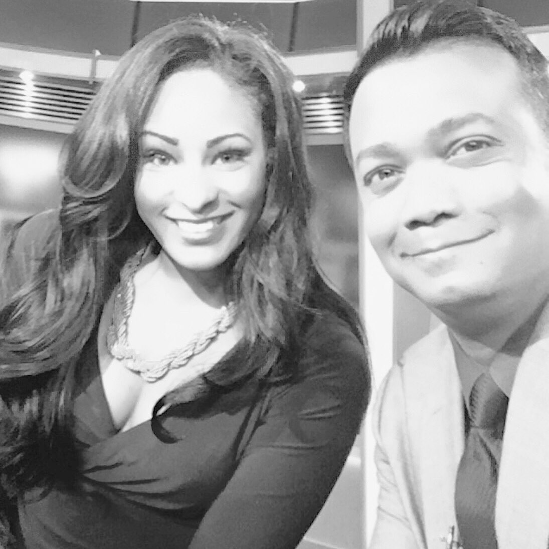 Back in the saddle this morning. Anchoring the news at 5am with @MaurielleFOX2