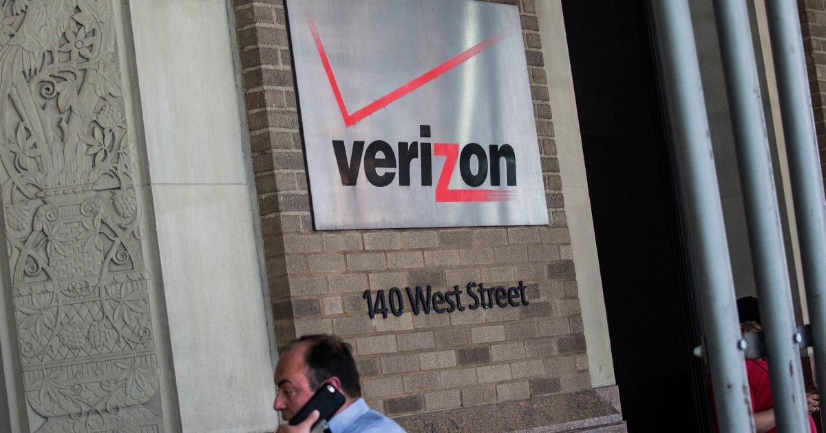 Verizon buys Yahoo for $4.83 billion, marking end of era for internet giant