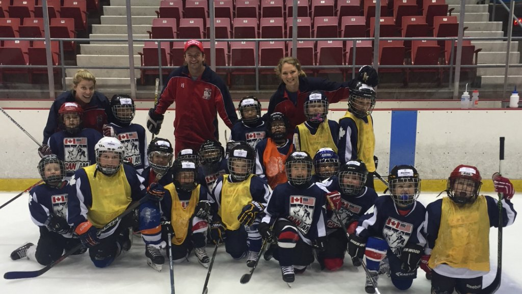 can am hockey essay I love to play hockey essay contest 14 may 2015 the ontario minor hockey association is proud to announce the grand i am.