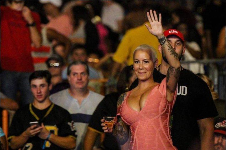 Celebrity-spotting: That's @DaRealAmberRose, who showed up last night at ex-husband Wiz Khalifa's Charlotte show ...