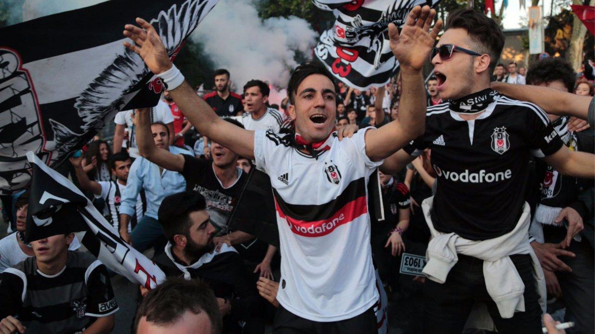 #Besiktas-#Fans kämpfen um #Gomez https://t.co/dqvAin20VY