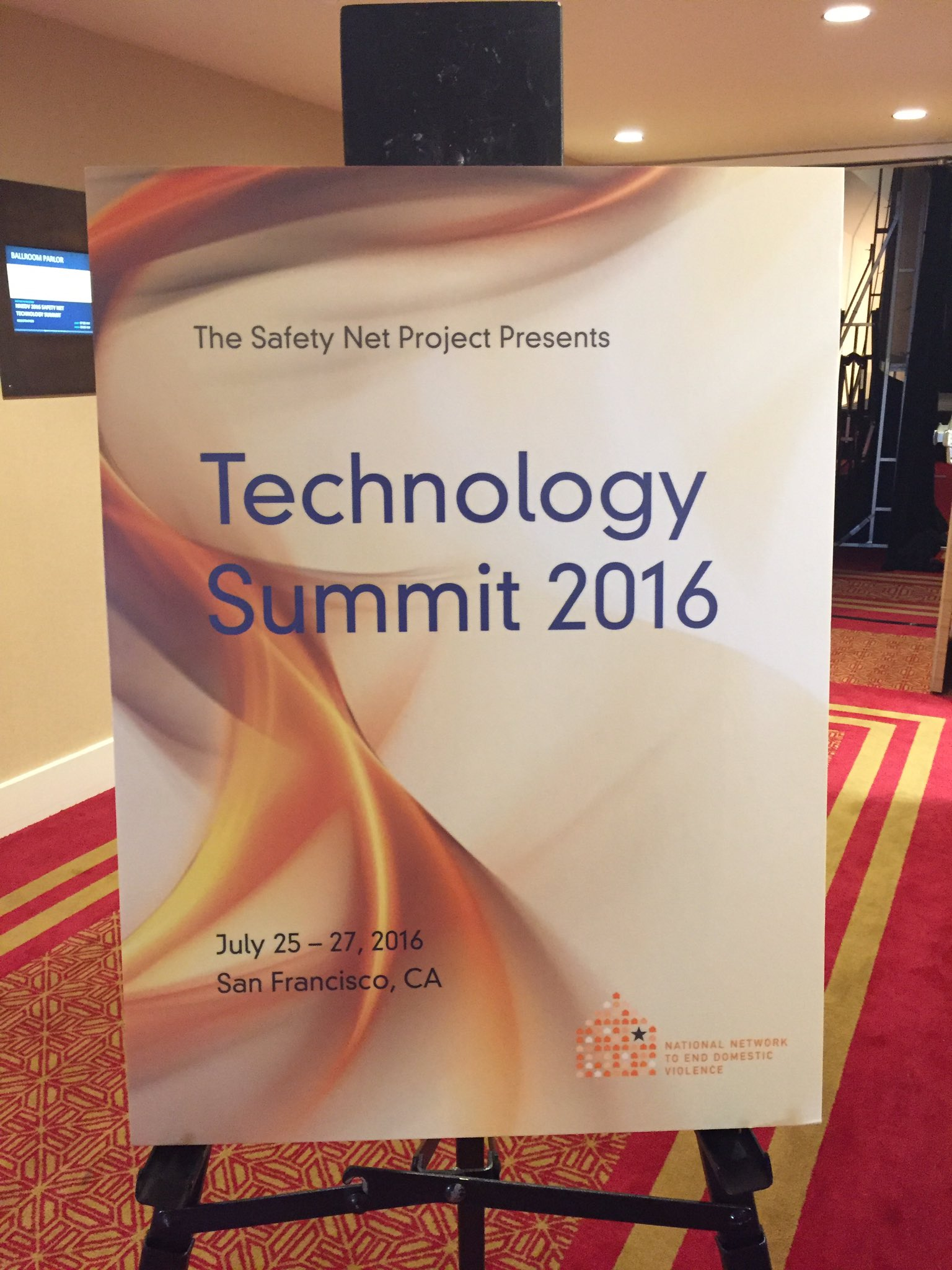 Good morning, San Francisco! Are you ready for day 1 of #TechSummit16? Who's here?? https://t.co/pzeFIo7r1B