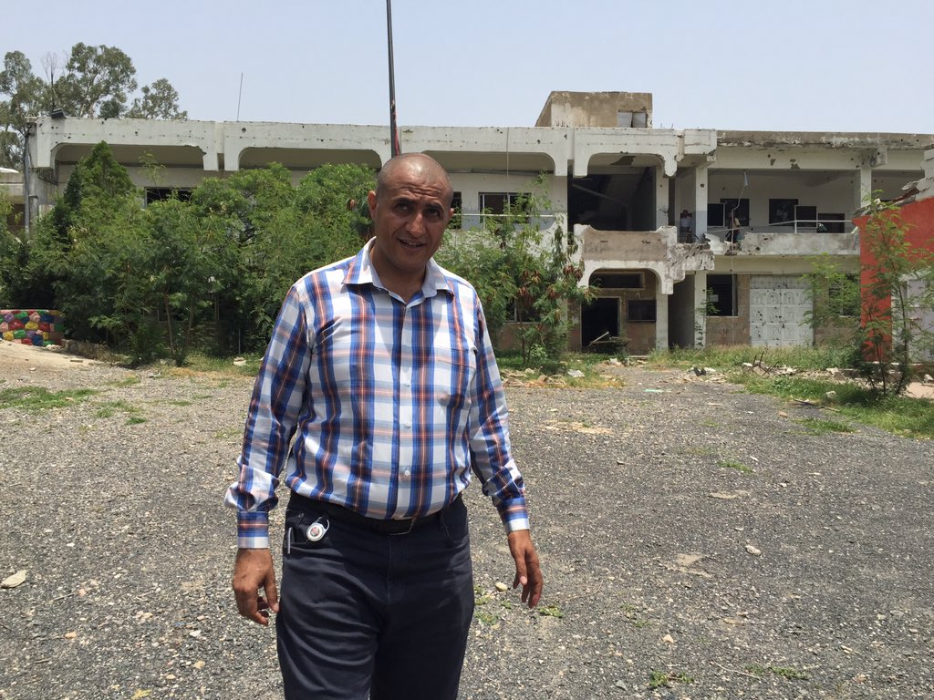 Shocked by damage of #Taiz University premises. Very sad to see ruins of my learning classes. #Yemen_war https://t.co/GKbOg780Vr
