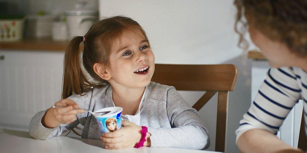 Çocuğunuzu nasıl mutlu edebileceğiniz konusunda sağlıklı bir fikir: Danone Sütlü Atıştırmalıklar :) #ÇocuklaraEvet https://t.co/0v4poacQdL