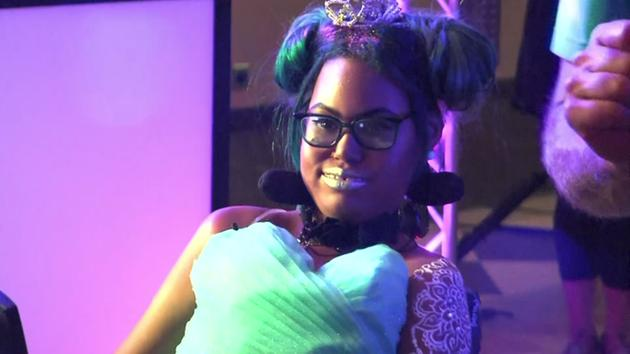 Dying girl crowned prom princess