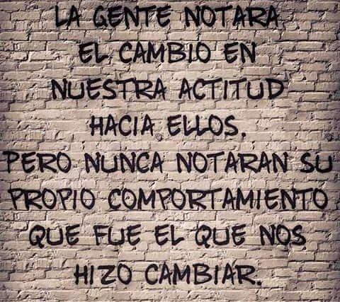 No saben mirar para adentro #SoyLoQueMeDas <br>http://pic.twitter.com/tJJjdNfGlI