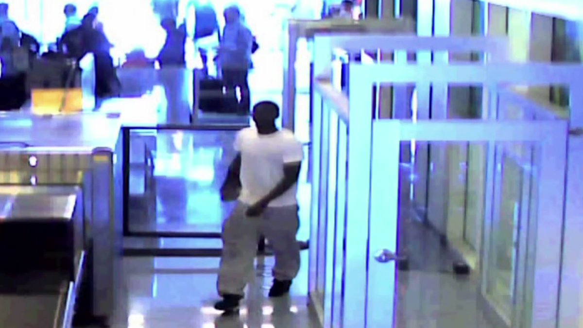 Man breaches airport security to stop his girlfriend from leaving him, police say -