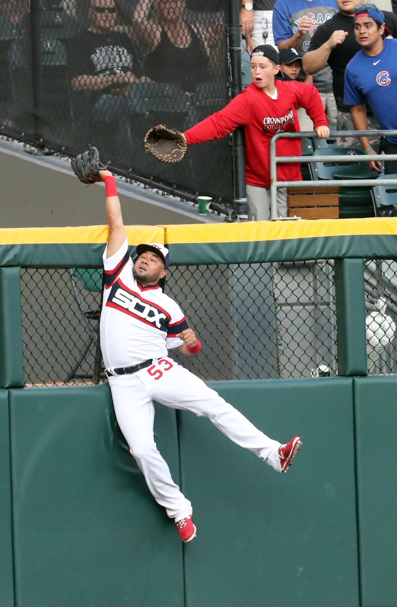 Melky Cabrera robs Kris Bryant of a first inning homer. WhiteSox vs. Cubs photo gallery