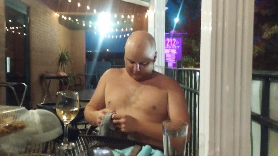 Corey Corey nackt beim Abendessen #15