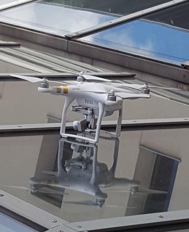 Aki 07.20-án repült #DJI drónnal a Vérmezőnél: a P3 rendben landolt a székházunkon, az I. ker. rendőrségen leadtuk! https://t.co/ChSujGAgiD