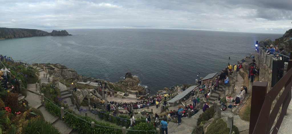 Stunning @minacktheatre getting ready for a performance...@ILoveCornwallUK...unbelievably beautiful setting x https://t.co/5SIaeodutD