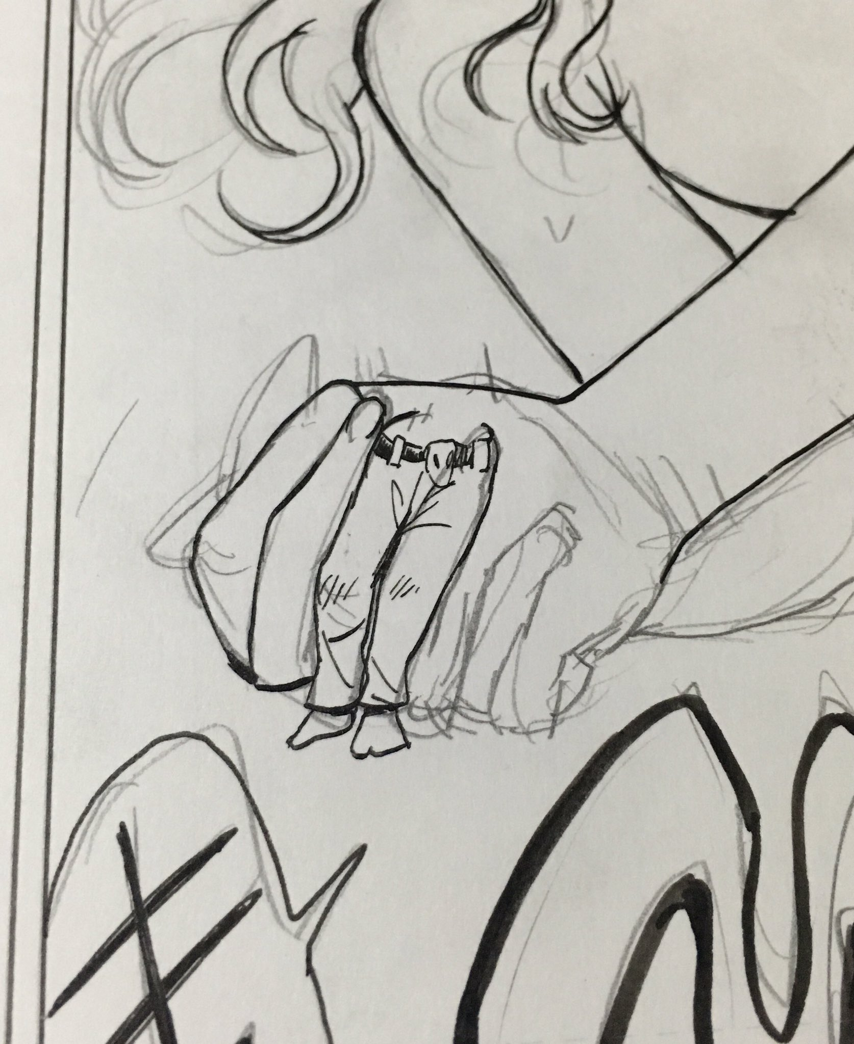 睡魔に抗いながら描いてた原稿。酷い。我ながらこれは酷い。「手」ですよ、これ。「手」を描いたんですよ。下半身じゃなくて。もう一度言いますね、これは「手」です ♯無理せず寝ろ