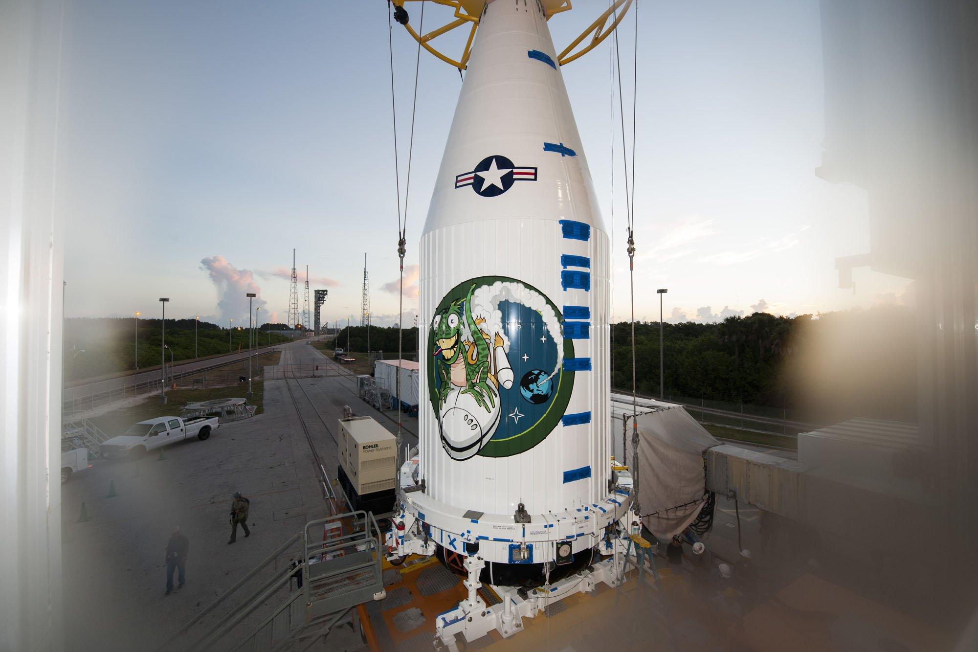 обтекатель ракеты Атлас 5 ( той самой с нашими РД-180)