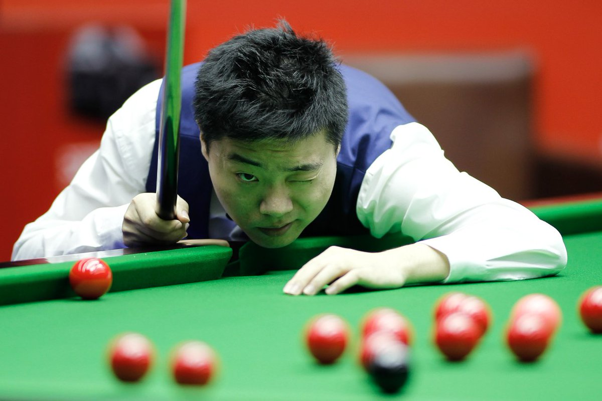 Murphys 112 in frame 4 was his 60th century at the Crucible tied fourth with Selby