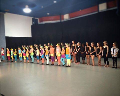 Program B and C rocked their showcase on Friday.  What a terrific #SunDance16 @RADCanada  #CCDTDance https://t.co/e6WuWRFXVi