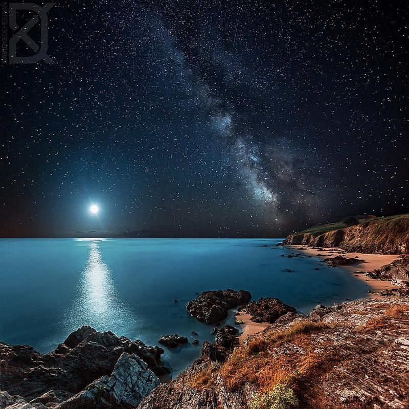 https://t.co/k5jNyOktZERT  Belle-lle-en-Mer au clair de lune, Bretagne, France