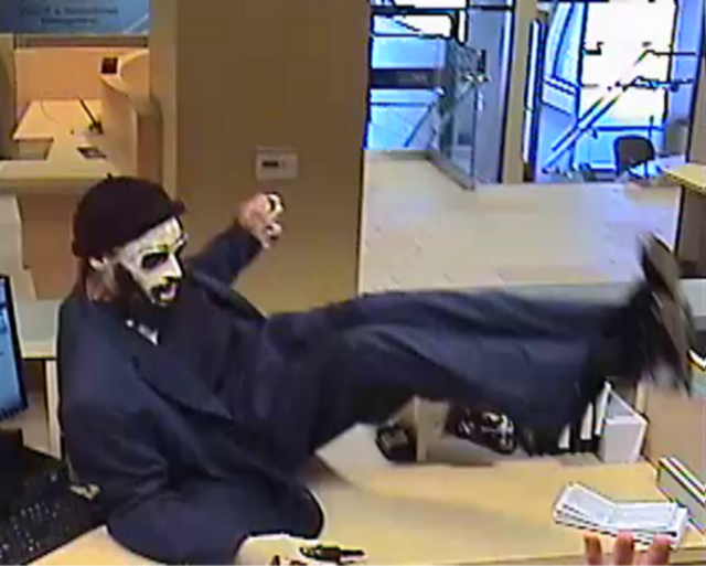 The FBI has doubled the reward for the capture of SF's oddest-looking serial bank robber