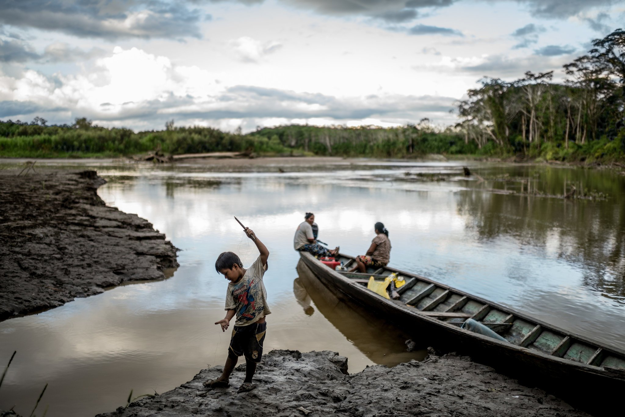 Illegal Gold #Mining in Peru both scars the land and the people #humanrights #pollution https://t.co/NlbdqBOZqI https://t.co/gCxzpnab2O
