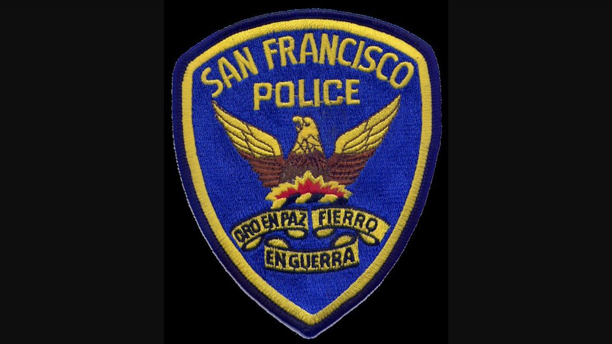 Officer Thomas Abrahamsen of @SFPD arrested for allegedly having banned AR-15-type assault rifle