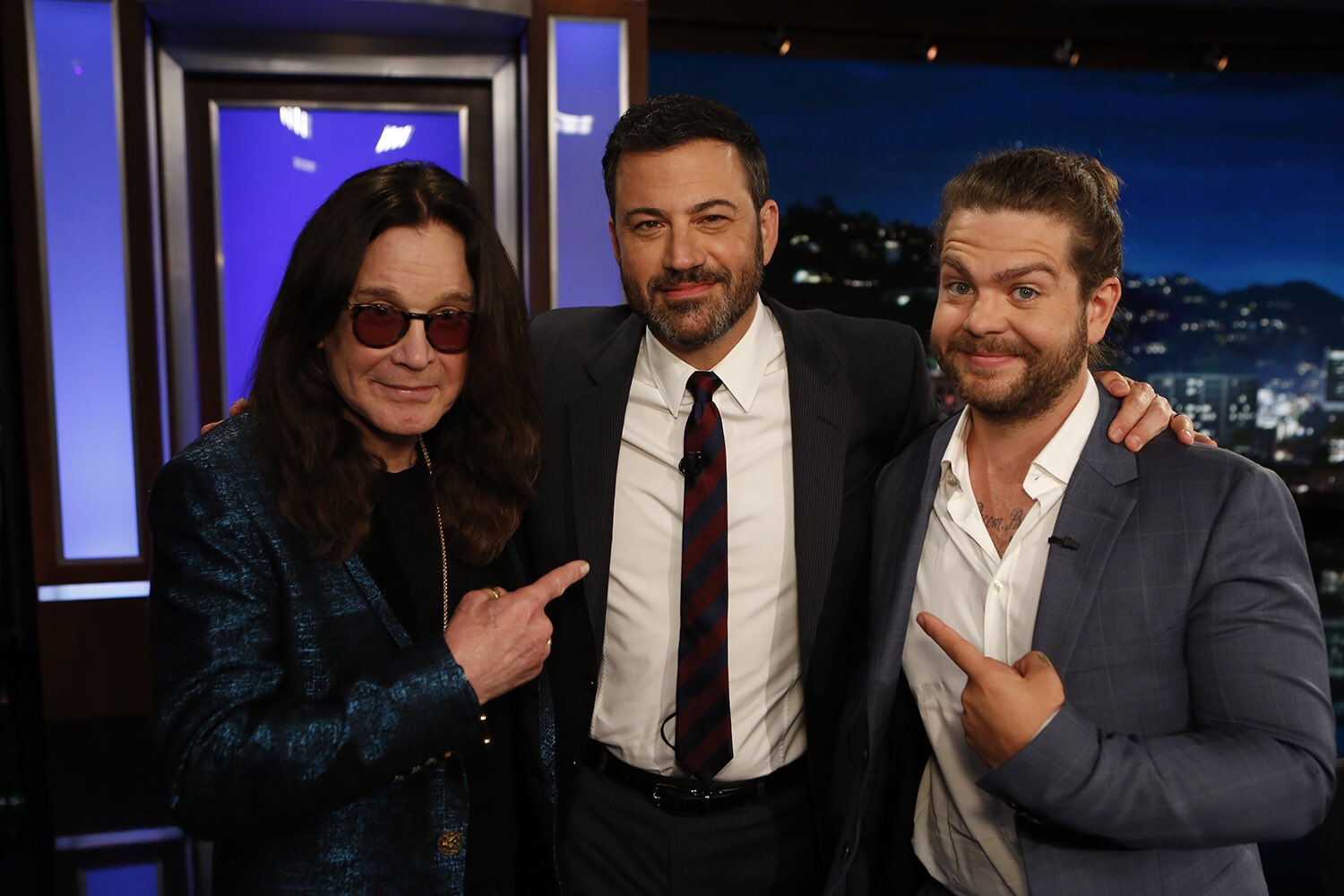 Catch @JackOsbourne and I on @JimmyKimmelLive tonight talking about Ozzy & Jack's World Detour (@OzWorldDetour) https://t.co/jrw1FGEP1P