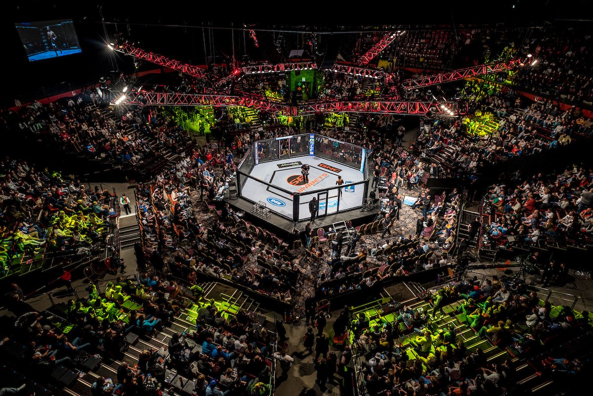 RECORD BREAKING TV VIEWERSHIP AGAIN - Over 2.6 million watched EFC 51 on @etv  Win Hex side tickets to #EFC52 on FB. https://t.co/jAJc7HLJPW
