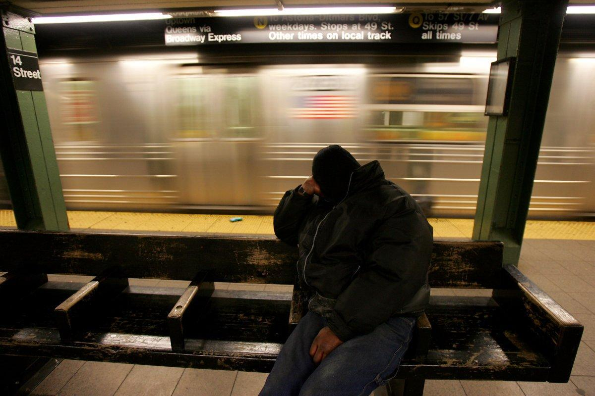 Man dozing off on Queens subway platform arrested for .22-caliber handgun