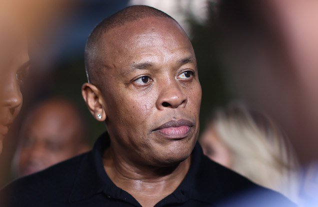 Dr. Dre Gets Detained at Outside His House InMalibu https://t.co/DkrM7G7RBF https://t.co/SsGQ6Rjnj2