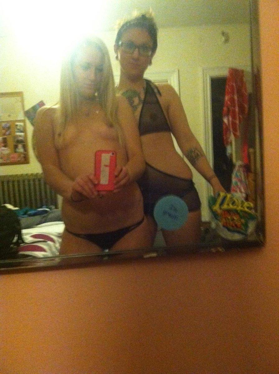Nude Selfie 7424
