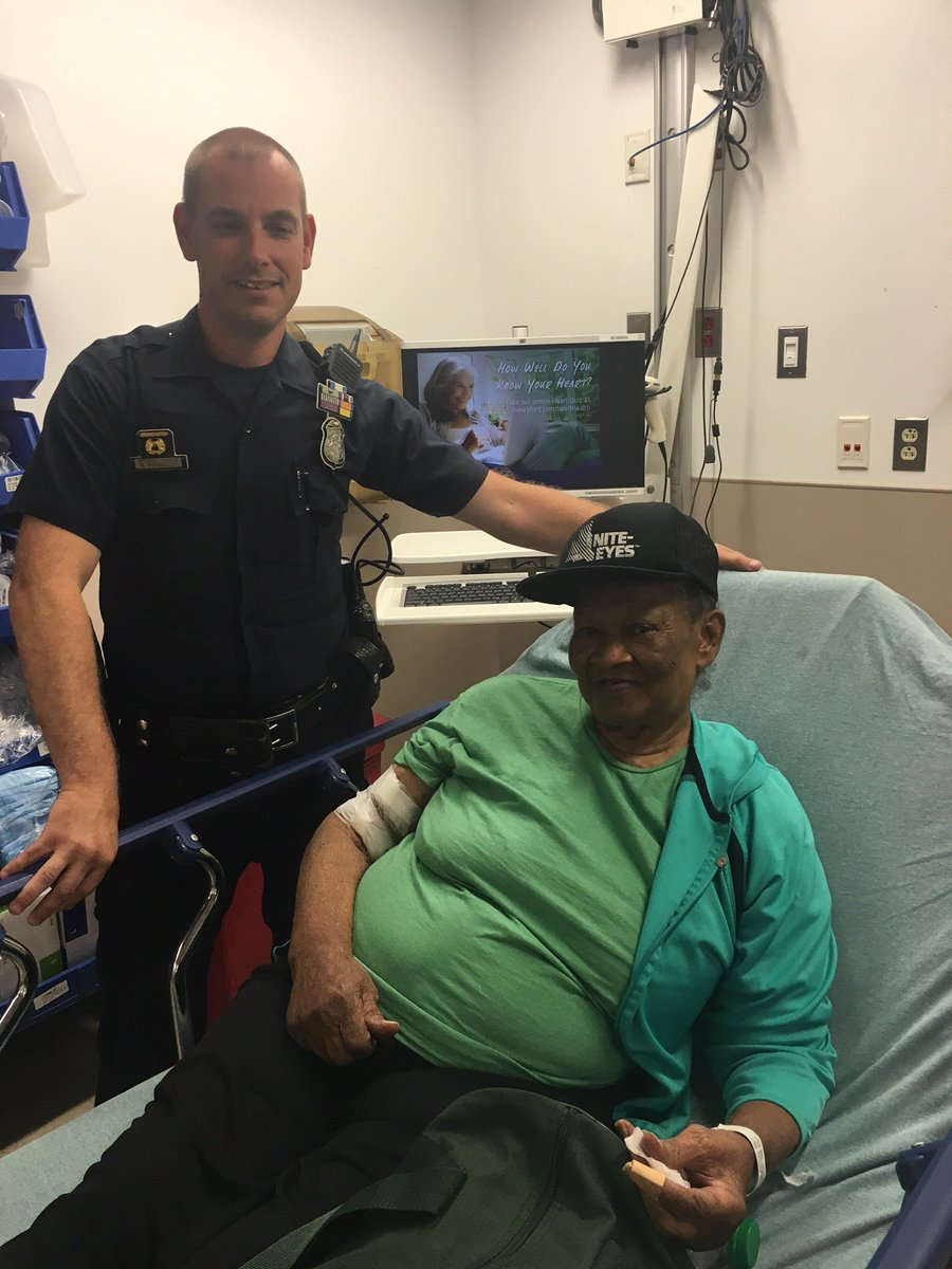 Detroit Police Officer Scott Pengelly searched for Reoma Shufford all night. Glad she was found okay! earlyrisers