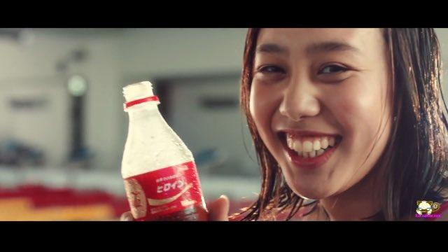 コカコーラ cm 女の子