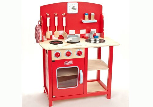 Can you help? Do you have a play kitchen in exc condition which you would donate to our A&E? Pls call 01603 287107 https://t.co/DKkueXOHfb