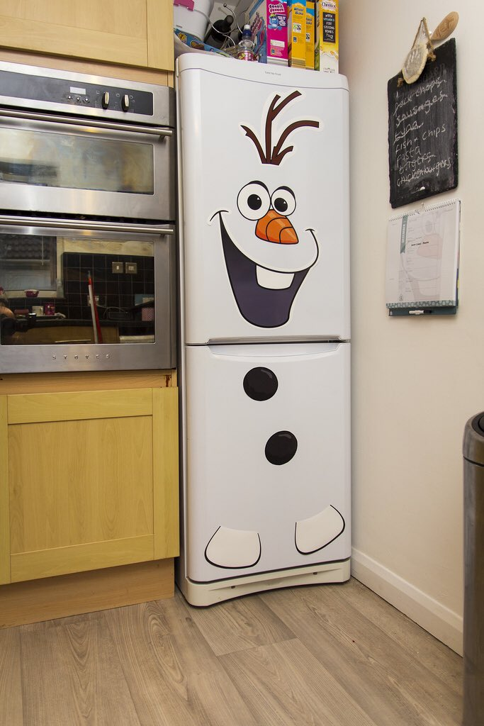 Astrid as fridges on twitter here we have astrid as a splendid joyful cute olaf from frozen - Weihnachts gartendeko ...