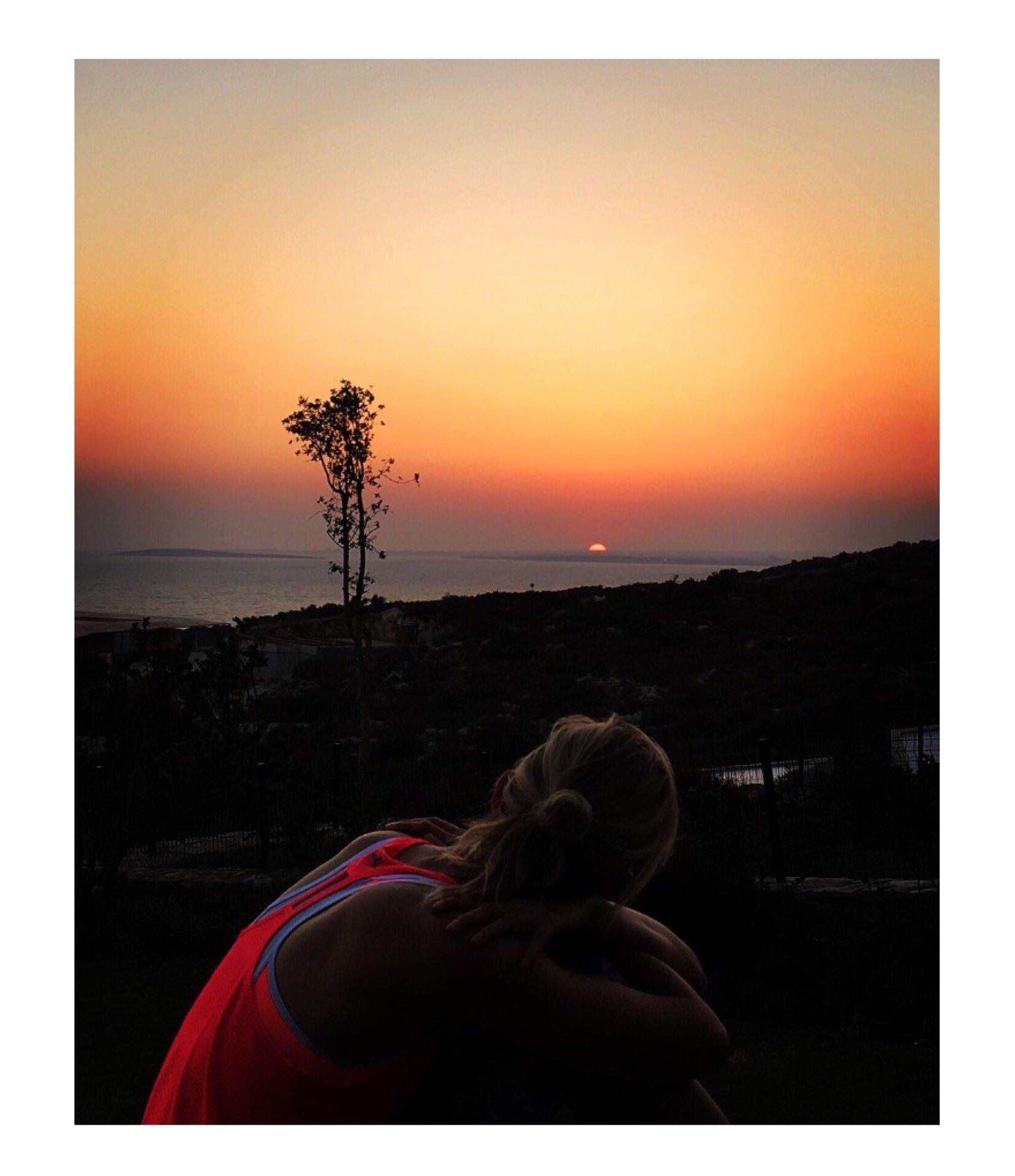 🌅 #Summer #Love #Sunset #Beauty #Nature https://t.co/6XQ8Mjorut