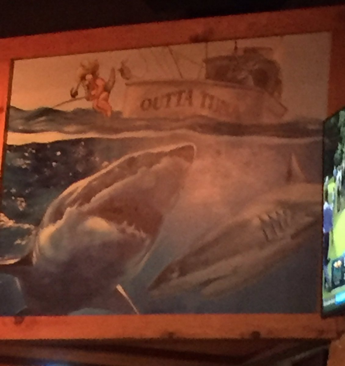 .@MaryLeeShark is this you at @texasroadhouse @OCEARCH https://t.co/TA0tpXHWc4