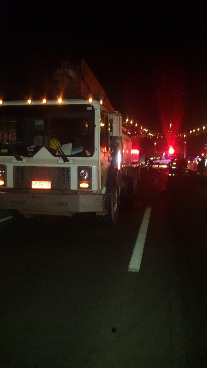 RT @55_david #viña Transito suspendido hacia Concon x accidente.Transito x caletera R 64. @biobio @reddeemergencia @Angeles_Araya