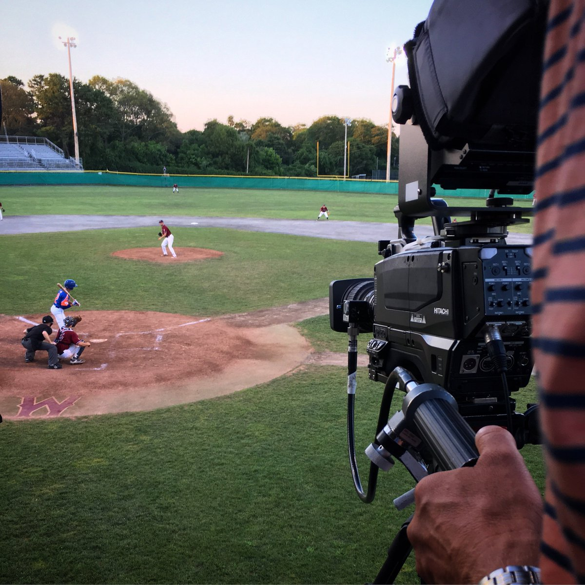 From high home @harborhawks visit @WarehamGatemen - our last show of the season @Official_CCBL on @FoxCollegeSport.