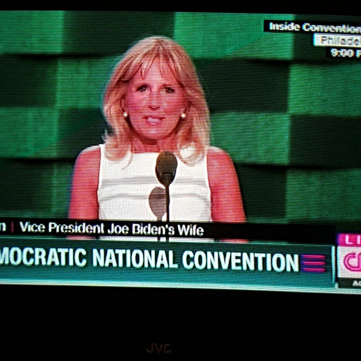 Two #BlueHens are now speaking at the #DNC -- Dr. Jill Biden & @VP Joe Biden #BlueHensforever https://t.co/HxbsQ3OpnY