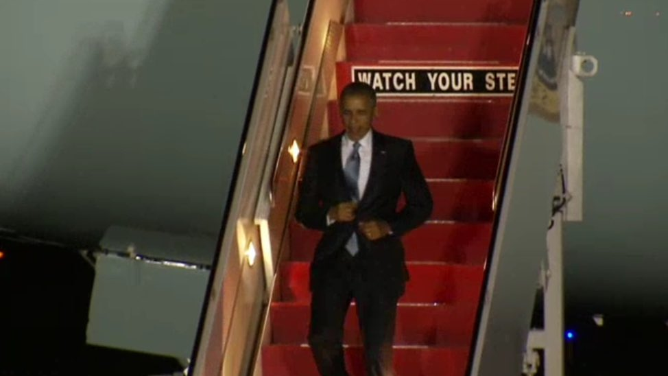 Now: POTUS is on the ground in Philly DemsInPhilly @NBCPhiladelphia
