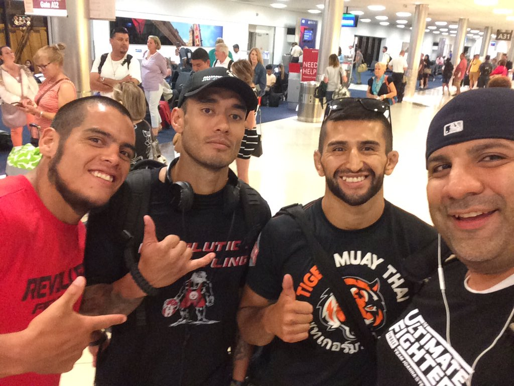 All set!! On put way to #SanAntonio for @RFAfighting with @hugopradamma @MasacreMMA @RoloTorres145 https://t.co/8WV7L4BkfH