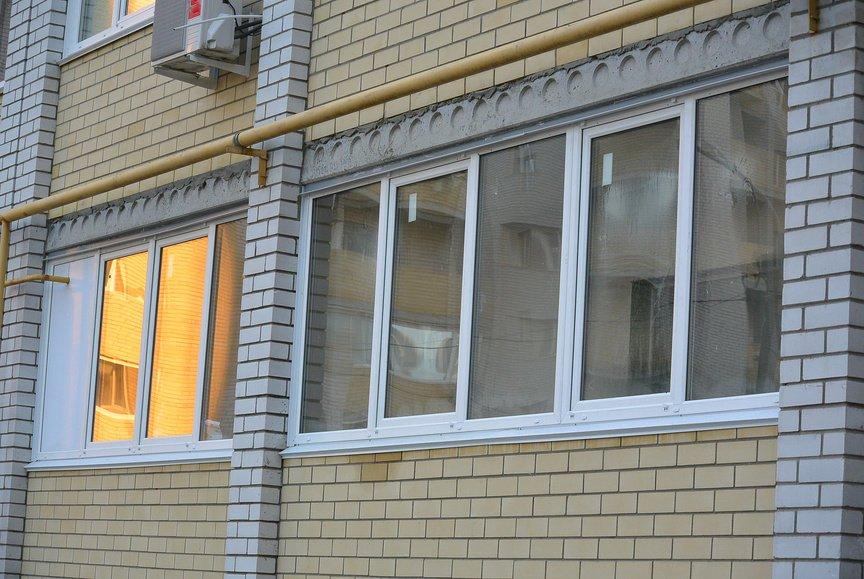 Застекление балкона видео.