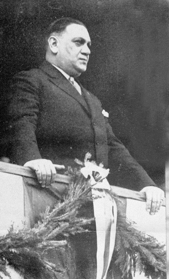 [Président] Kurt #Landauer {1913 - 1914} {1919 - 1921} {1922 - 1933} {1947 - 1951} CobyCebWYAAby31