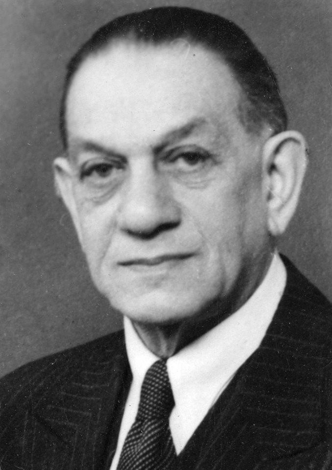 [Président] Kurt #Landauer {1913 - 1914} {1919 - 1921} {1922 - 1933} {1947 - 1951} CobyCedW8AAQyDn