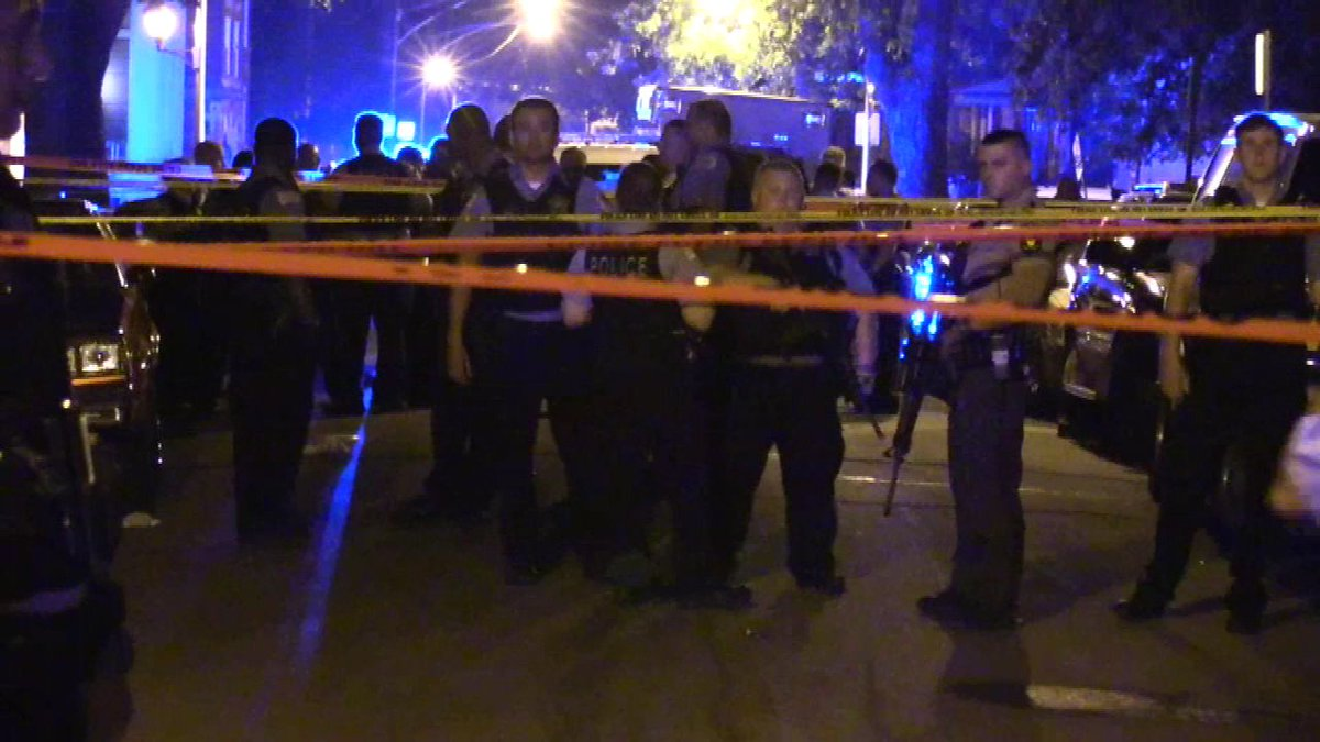 2 killed, 2 wounded in Back of the Yards; 16-year-old witness suffers fatal asthma attack